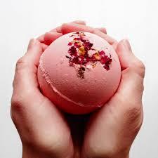 romantic gift kiss bath bomb fizzy bath ball pretty