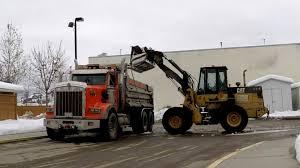 kenworth canada kenworth t800h dump truck w sweet sounding cat hauling snow youtube