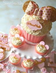 minnie mouse cupcakes saving with gold and pink minnie mouse birthday treats