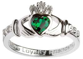 claddagh ring meaning where does the claddagh ring come from how do you wear a claddagh