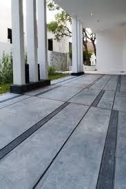 Pea Gravel Concrete Patio by Best 25 Concrete Paving Ideas On Pinterest Concrete Pavers