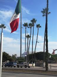 Flag With Tree And Moon Bericht Las Vegas Southern California Und La Bufadora