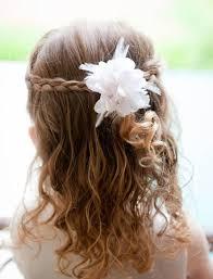 coiffure mariage enfant coiffure fille pour mariage 30 filles d honneur superbes