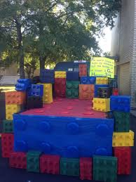 lego trunk or treat idea kids loved the large blocks halloween