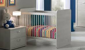 chambre a coucher bébé chambre bébé kréabel raliss com