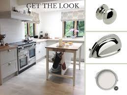 modern country style shaker kitchen in farrow u0026 ball cornforth