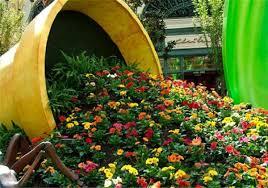 Pot Garden Ideas Make A Spilled Flower Pot Garden Design Idea