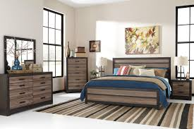 Bedroom Collections Furniture Signature Design By Ashley Harrington 5pc Queen Bedroom Set