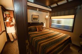 what experiences do the luxury trains in india offer