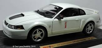 1999 ford mustang gt 35th anniversary edition two desktop maisto 1 18 1999 ford mustang gt coupe and 35th