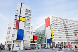 Mondrian Collection Rugs Richard Meier Designed Dutch City Hall Becomes Massive Mondrian