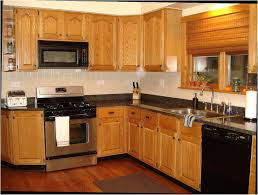 what color backsplash with honey oak cabinets kitchen backsplash oak cabinets page 1 line 17qq