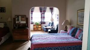 bisbee bed and breakfast history room had queen bed with a twin bed sitting area and