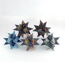 christmas star ornaments from permanently folded and woven plaid