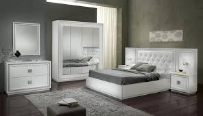 meuble chambre adulte meuble chambre blanc avec meuble chambre a coucher contemporain et