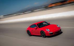 porsche 911 997 gts 2011 porsche gts test motor trend