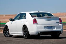 chrysler 300c srt 2012 chrysler 300 srt8 autoblog