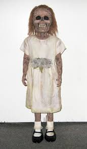 Scary Halloween Costume Girls 25 Zombie Costume Ideas Zombie
