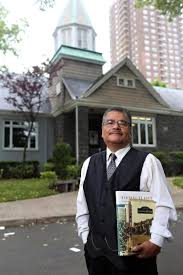 Photography Teacher Queens History Teacher Makes Students Published Authors Ny Daily
