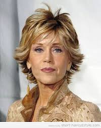 short layered hairstyles for square shaped face woman over 50 with
