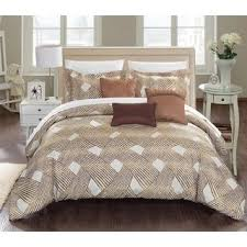 What Is A Bed Coverlet 13 Best Bedspreads Images On Pinterest