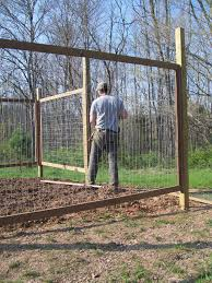 Ideas For Fencing In A Garden Fall Vegetable Garden Fences Best Vegetable Garden Fences Ideas