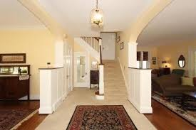 what color to paint the walls open floor plan
