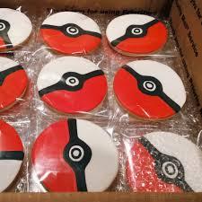 thanksgiving themed cake pops le shoppe pokeball cake pops cookies for a pokemon birthday