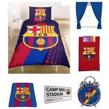 accessoires chambre b barcelona literie chambre accessoires football garçon couverture
