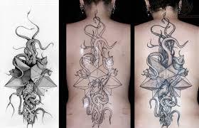 grey ink large cthulhu tattoo on back