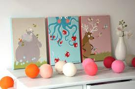 tableaux chambre enfant tableaux pour chambre d enfant pitimana le