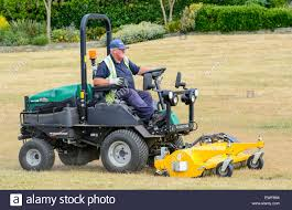 small sit on lawn mowers best choice your lawn mower