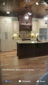 island venetian gold granite equestrian grey paint kitchen