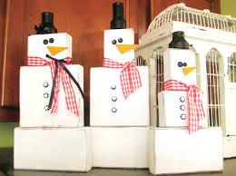 savvy chic home 2x4 snowman family