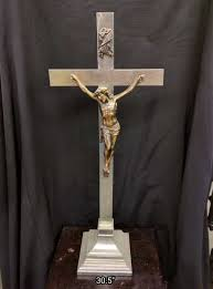 altar crucifix crucifix corpus used church items