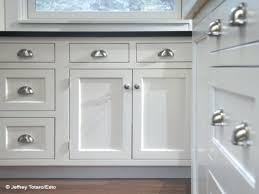 kitchen cabinet knobs and pulls images of kitchen cabinet handles nxte club