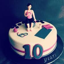 03fed5502b04f92b2a91b96b3aaf8b0f jpg 736 736 fitness cake