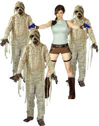 Lara Croft Tomb Raider Halloween Costume Classic Video Game Costume Ideas Halloween Costumes Blog