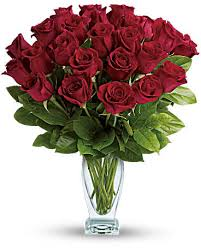 how much is a dozen roses teleflora s classique dozen roses bouquet teleflora