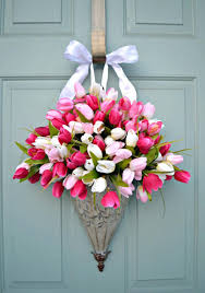Front Doors Decorated For Christmas by Christmas Decorations For Front Door Porch Pictures Spring Tulips