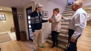 Moms Basement Ashton Kutcher Surprises Mom With A Home Makeover Today Com