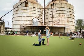 these u0027fixer upper u0027 fans just got engaged at the silos how chip