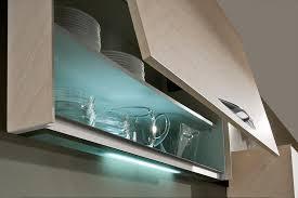 eclairage pour meuble de cuisine cuisines venidom la lumière pour votre cuisine équipée