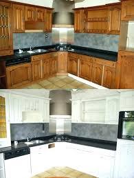 repeindre meuble de cuisine en bois meuble cuisine en bois repeindre cuisine en chene repeindre meuble