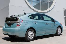 toyota car hybrid 2015 toyota prius in hybrid car review autotrader