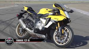 2017 yamaha yzf r1 cycle world