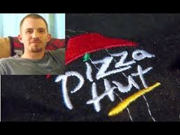 manager fired refuses to open pizza hut store on thanksgiving day