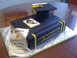 graduation cakes best 25 college graduation cakes ideas on graduation