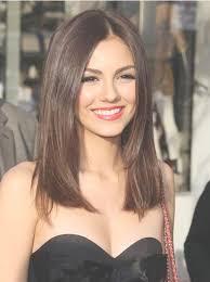 just below collar bone blonde hair styles straight natural brown hair cut below shoulders line this