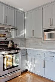 Shaker Kitchen Cabinet by Gray Shaker Kitchen Cabinets With Engineered White Quartz
